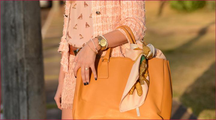 laço na bolsa lenço estilo moda personal stylist